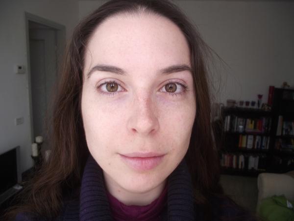 Crema di decolorazione di faccia fantastica